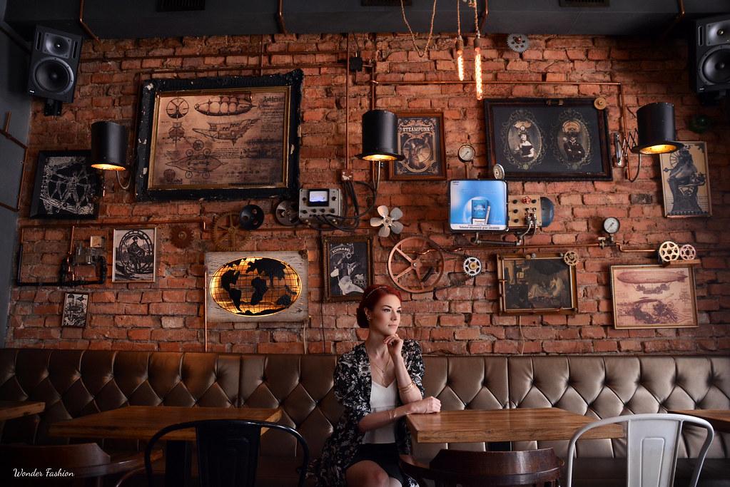 joben steampunk pub3