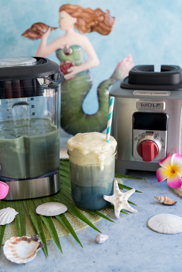 Mermaid Smoothie (Banana-Mango-Pineapple Spirulina Smoothie) Recipe www.pineappleandcoconut.com