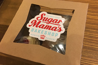 Austin - Sugar Mama's cupcake box