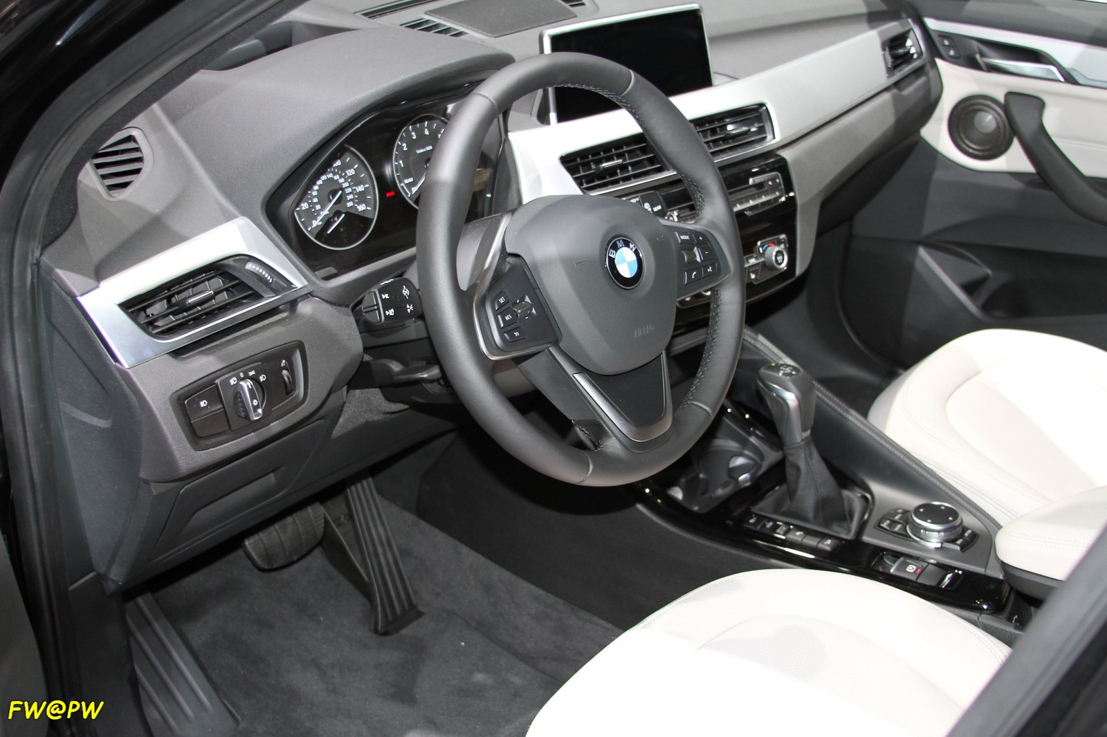 BMW X1 Launched in Pakistan. - 26922237282 c9690898ac h