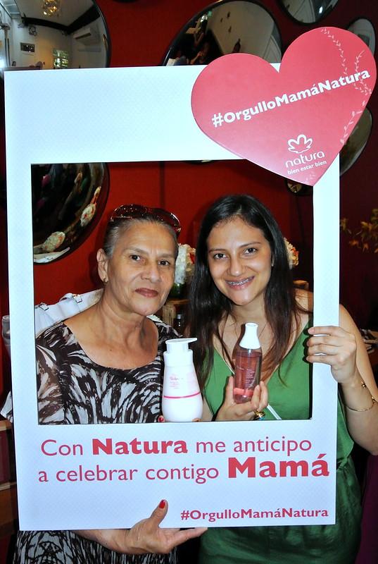 MI mamá y yo celebrando el Día de la Madre con Natura #JFashionblog