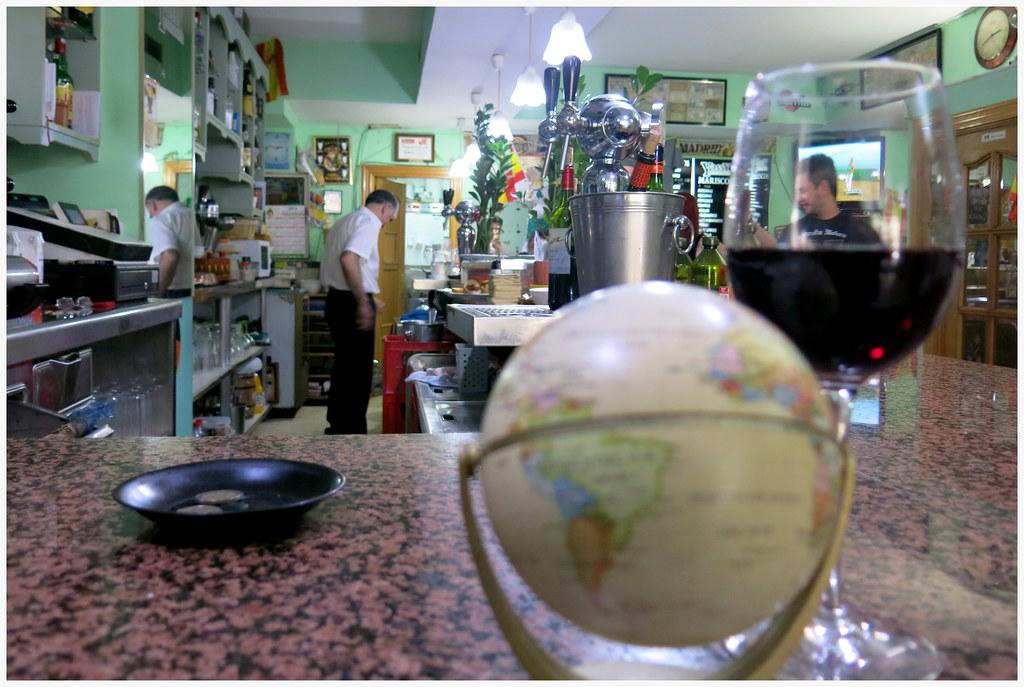 El globo terráqueo del Yassy's bar