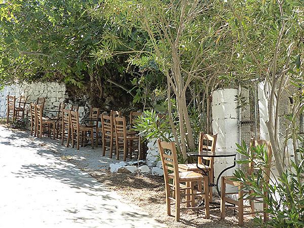 terrasse ombragée de Filoti