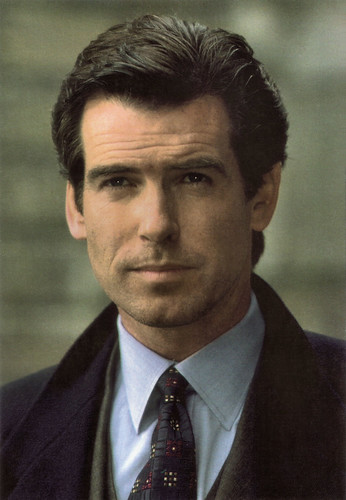 Pierce Brosnan in Goldeneye (1995)