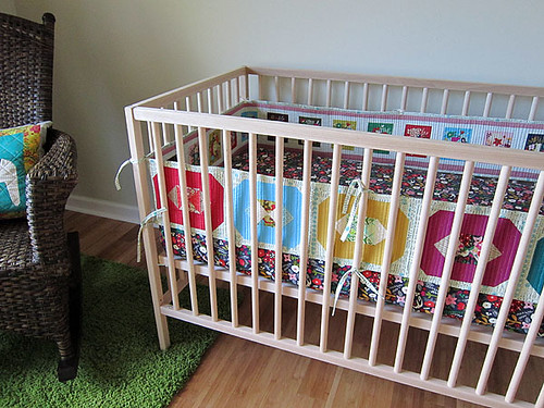 (seriously awesome) patchwork crib bumper