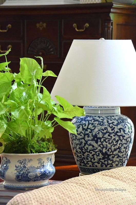 Blue and White Ginger Jar Lamp - Housepitality Designs