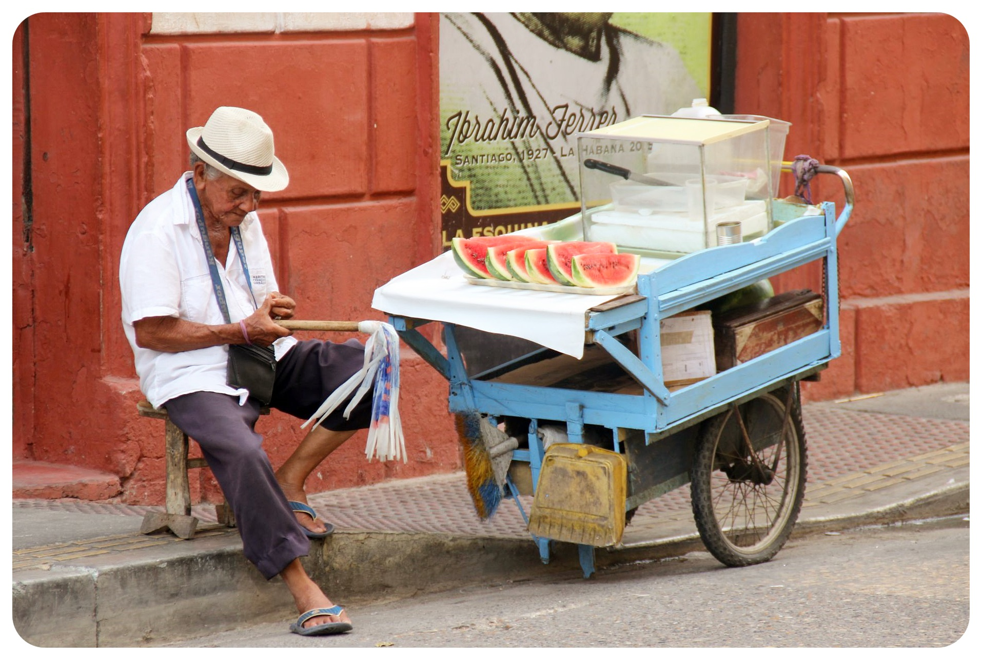 cartagena melon vendor