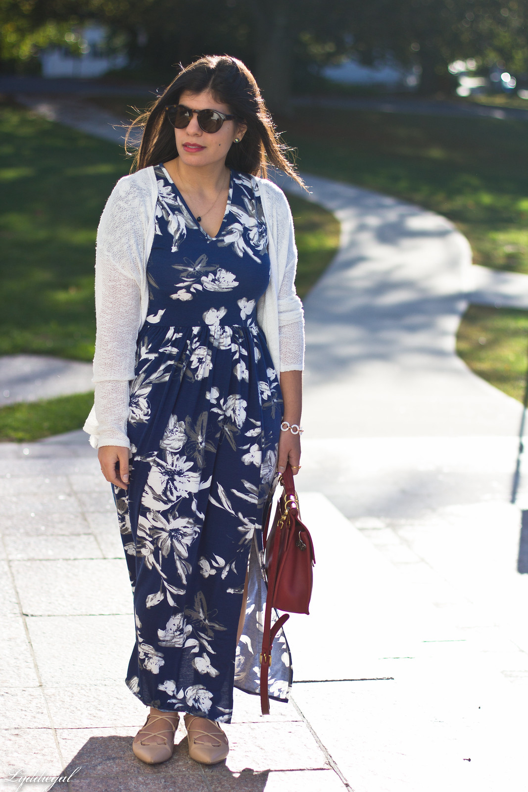 blue and white floral maxi dress, red coach bag, white cardigan.jpg