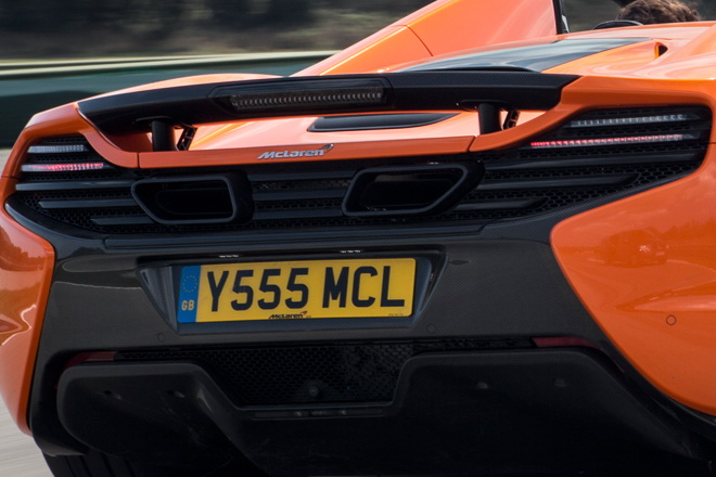 2015-Mclaren-650S-Spider-rear-three-quarter-in-motion2