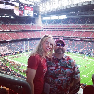 OU-Houston; Before the loss, before I got beer spilled on my twice by foul-mouth Houston fans, before Will nearly lost his religion on said fans...before all that? Smiles of anticipation for a win 😂