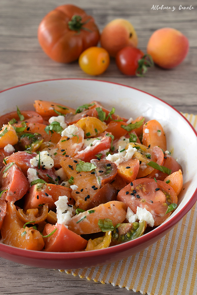 Tomatoes apricot salad