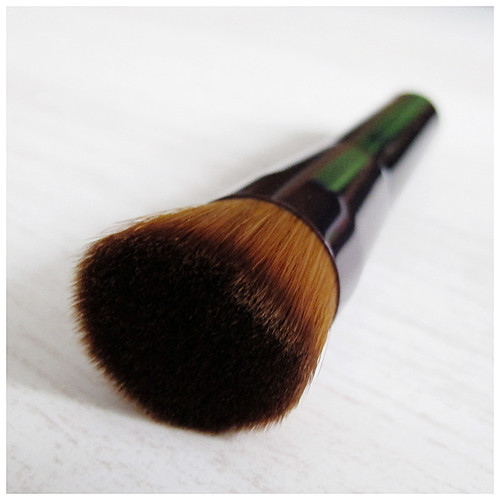 506_Shiseido_Perfect_Foundation_Brush8