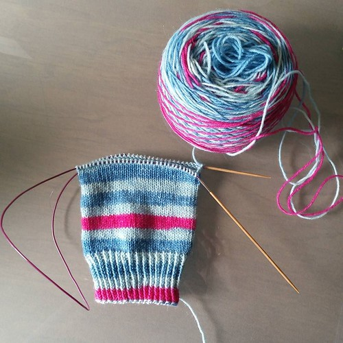 I love, love, love how this yarn is knitting up! #knitting