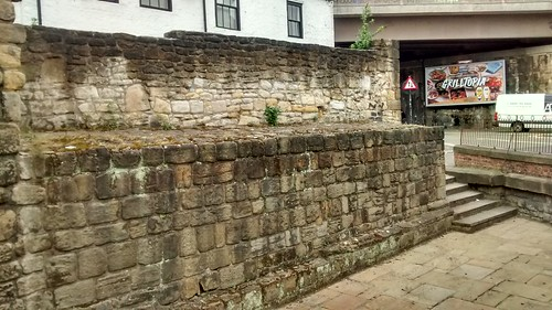 Newcastle town wall Corner Tower May 16 (2)
