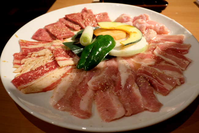 1400 yen meat platter yakiniku