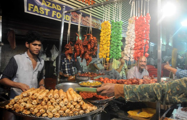 From fasting to feasting: Iftaar delicacies at Mumbai's Mohammed Ali Road