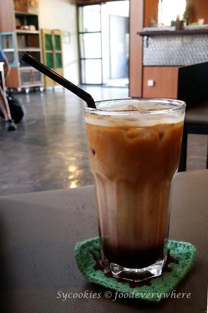 10.WhupWhup Cafe @ Subang