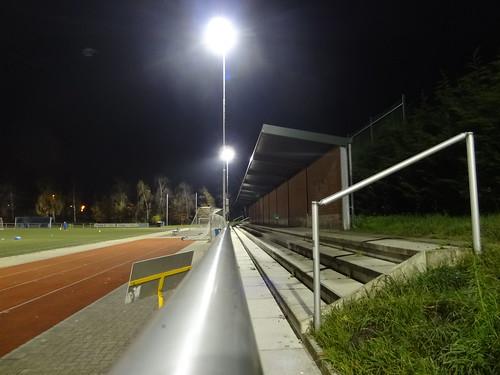 Sportanlage Berzdorf, Kunstrasenplatz