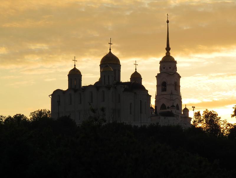 Успенский собор на закате