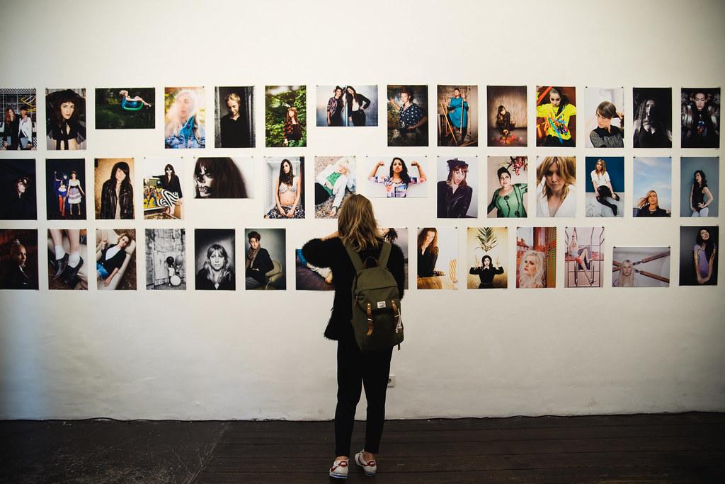 Lena Meyer_Ladyflash Vernissage_kulturreich galerie_klein-12