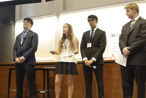 BUSI2016_YALE_S4_ProductPitches__J0B7716