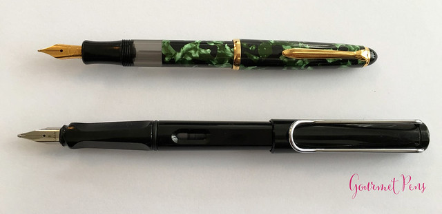 Review Lindauer Classic Piston Fountain Pen - Green Marble8
