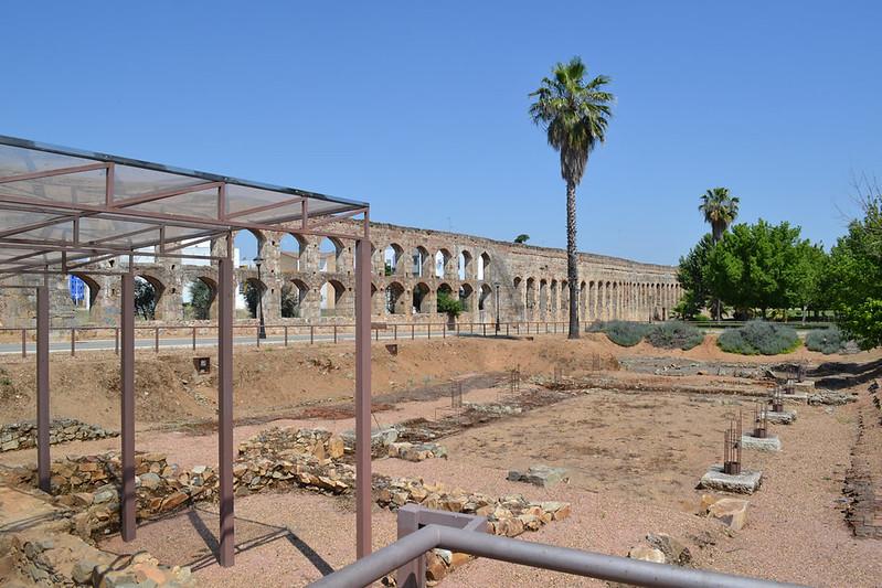 Roma hasta en la sopa. Las Termas y el acueducto que las abastece.