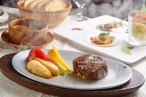 平價牛排吃不到的美味,新國際西餐廳走過50年歷史的5個秘密 (3)