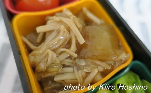 お弁当、2016-5-25、加賀太きゅうりの煮物