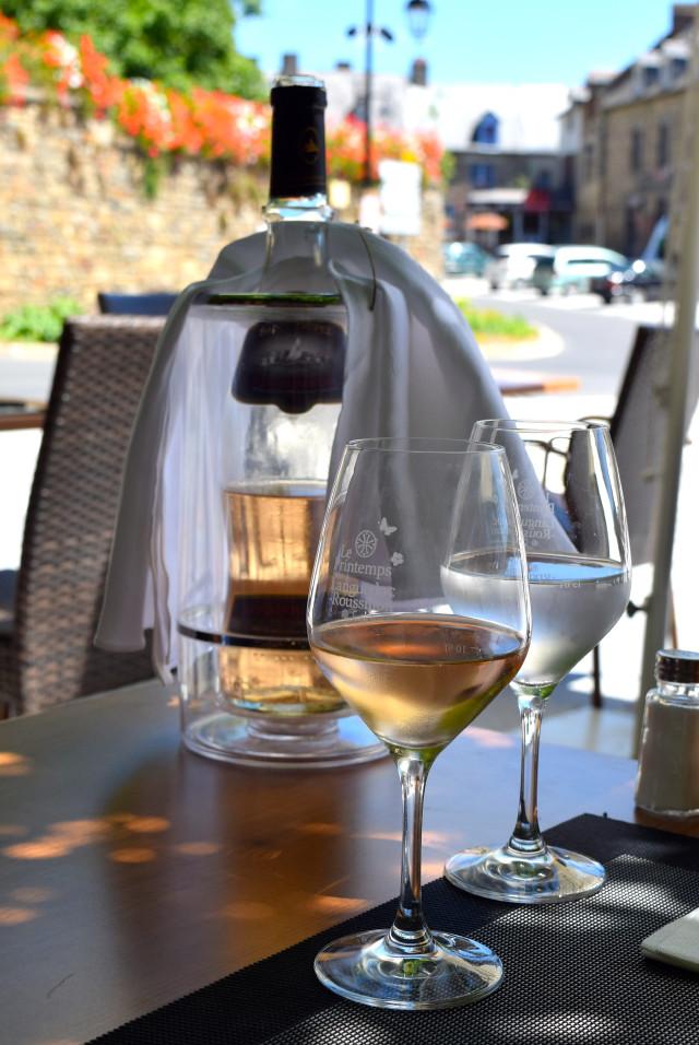 Cotes de Provence at Hotel Restaurant du Chateau, Combourg | www.rachelphipps.com @rachelphipps