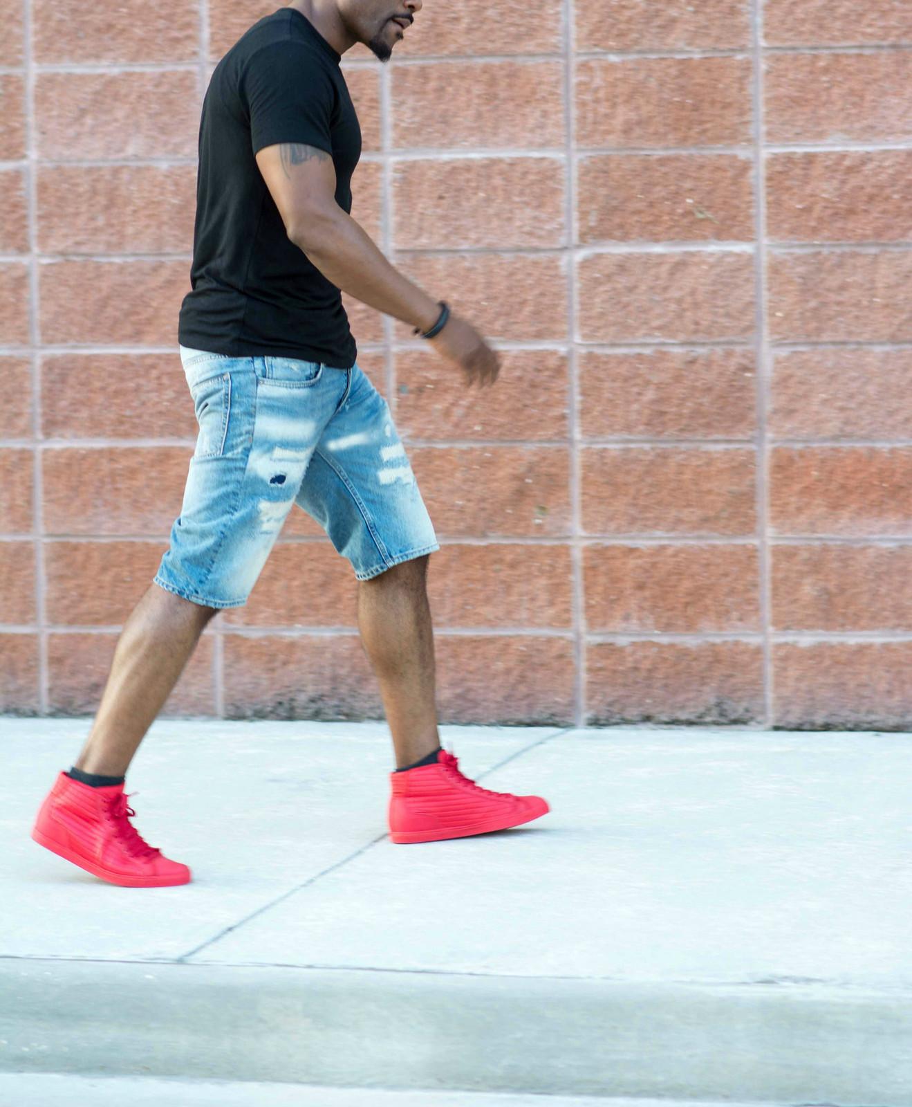 men's distressed shorts, louisiana street style