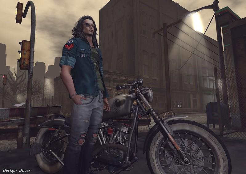 Biker-001