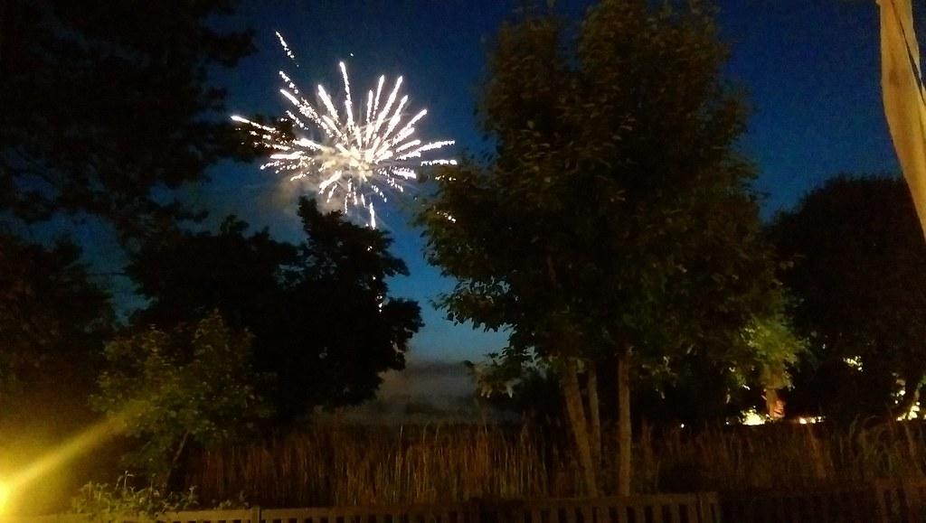 Feuerwerk um 22:30 Uhr