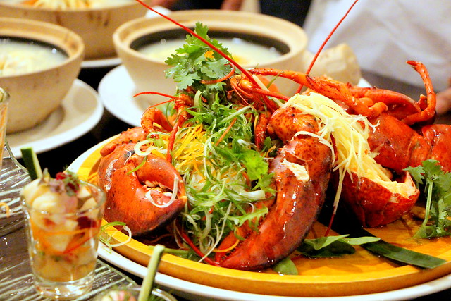 Steamed 'Live' Boston Lobster in Chinese Wine