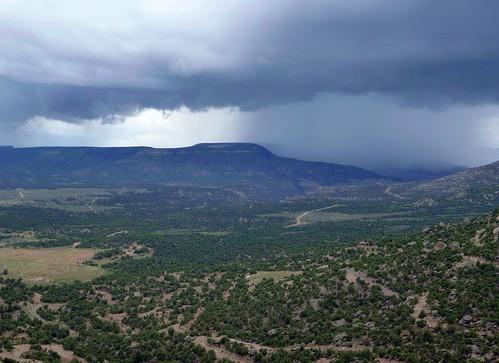 Storm over uranium country
