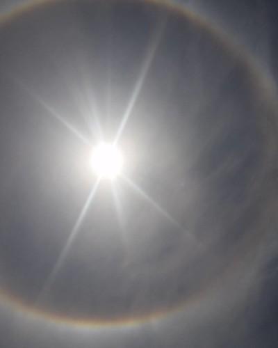 Cerchio intorno al sole a Montalto #montaltomarina #cerchio #cerchiointornoalsole