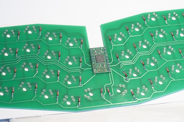 Atreus PCB controller soldered