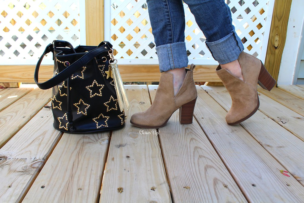 Betsey Johnson Star bag and beige booties