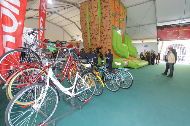 03-220319 Feria Bicicleta y Turismo Activo.