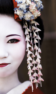 Maiko Henshin  japanese girl at Sannen-zaka street, Kyoto, Japan | by Alex_Saurel