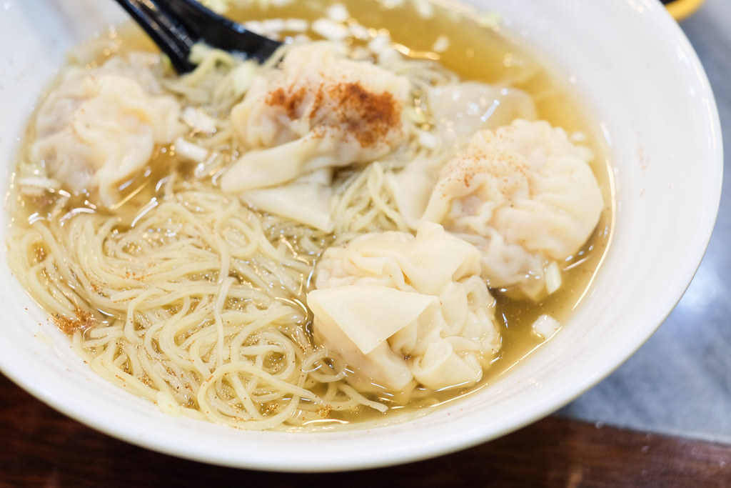 Kwan Kee Bamboo Noodle Hong Kong (坤記竹昇麵). Fresh Shrimp Wanton with Noodle