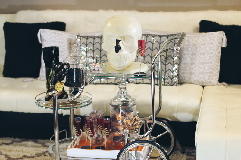halloween-treats-drink-cart-1