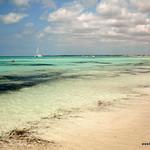 Playa solitaria de Es caragol