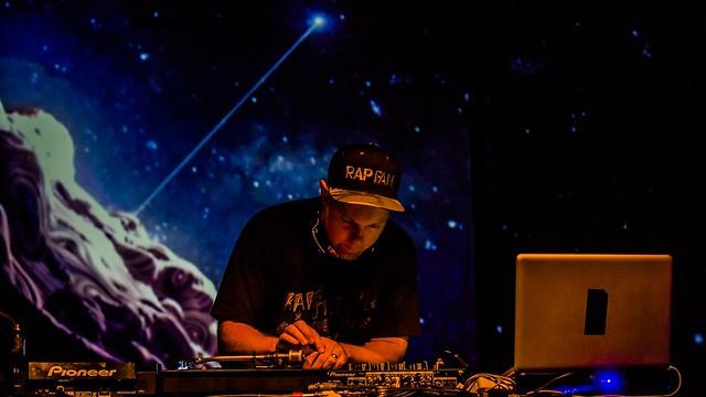 SGP DJ Shadow 2016