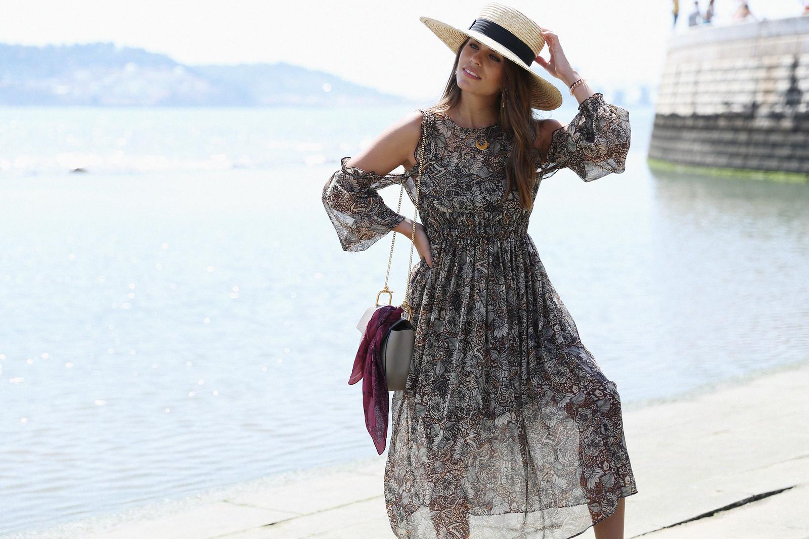 Jessie Chanes Seams for a desire Lisboa Parfois Boho folk Floral Midi Vest-11