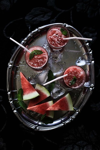 Watermelon, gin and mint cocktail | by Mónica Pinto {Pratos e Travessas}