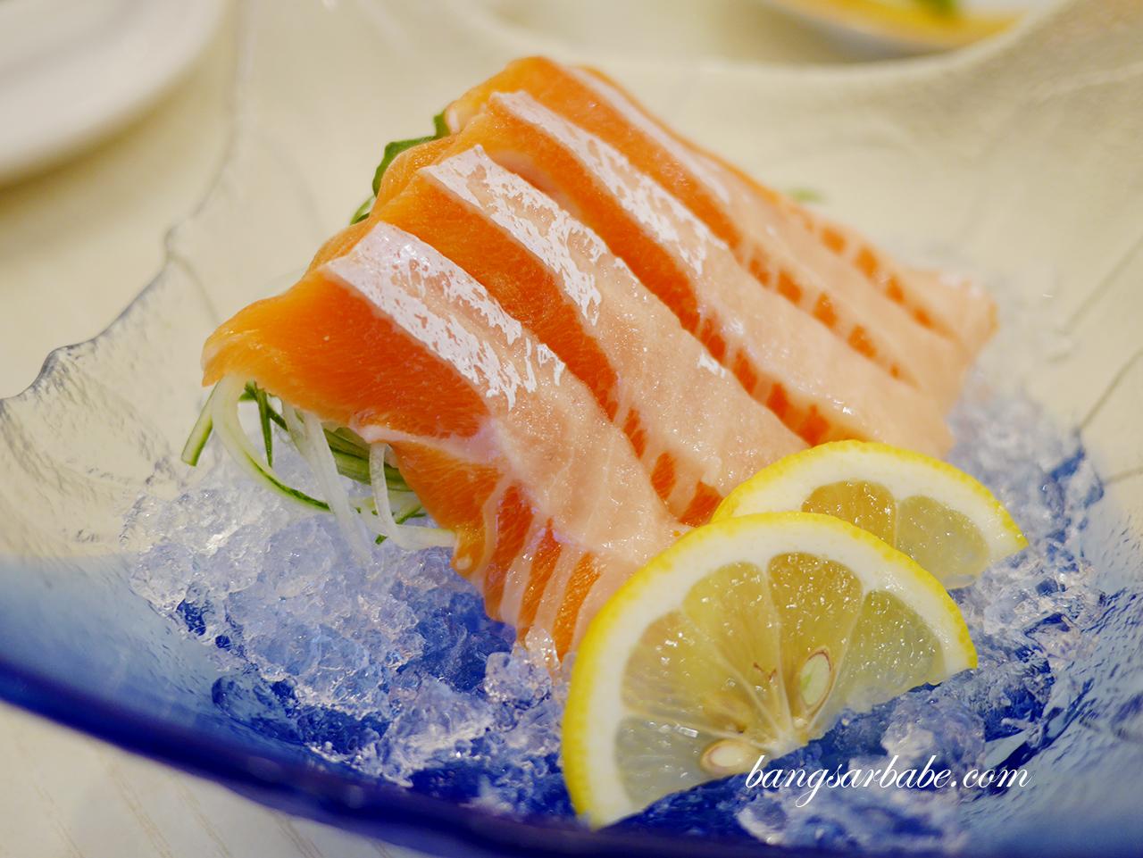 Salmon Sashimi (2)