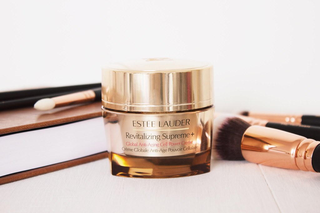 Estee Lauder Revitalising Supreme + Global Anti-aging Cell Power Crème