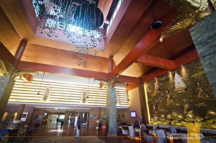 Novotel Phuket Vintage Park Resort Lobby