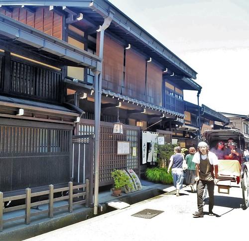 jp16-Takayama-Sanmachi-suji (5)